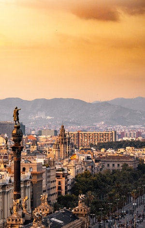 barcelona-buildings-city-1388030 (1)